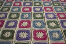 Crochet afghans: Squares / Repeating squares in different colours
