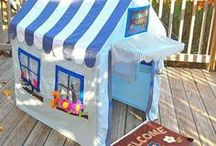 Pop Up Play Tent / Pop up play tents for kids castles castles, tunnels and other popular themes. Set them up in minutes for hours of fun.