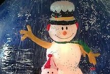 Frosty the Snowman Inflatable / A Frosty the Snowman Inflatable can be used to make your Christmas Light display stand out from your neighbors. Available in the variety of sizes for both indoor and outdoor use.