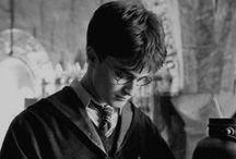 Harry Potter <3 / Na tablice wklejam różne fotki powiązane z Harrym <3