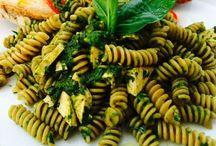 Veg Italia / ..ricette di una vegana che snobba i ristoranti Vegani.. Se pensate che la cucina veg sia solo tofu e insalatina scondita cambierete idea! ..la tipica cucina Romagnola e le ricette di tutti i giorni incontrano la filosofia Veg.. Love it!