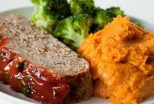 Sweet Potato Side Dishes / Great savory and sweet side dish recipes featuring sweet potatoes!