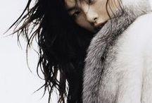 aes: queen of wolves / oc: fenris lokidottir elf/cis girl/biromantic/bisexual/queen of the winter court