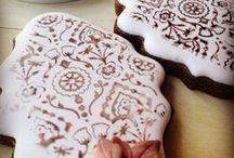 MamaMuffins Tutoriales por Dolce Sentire / En MamaMuffins estamos muy emocionad@s por contar con la colaboración de Dolce Sentire. Elaborando tutoriales para decoración de galletas que seguro te encantarán...