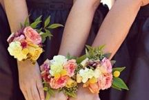 Bouts and Corsages & Accessories / Find the perfect accessory for everyone!