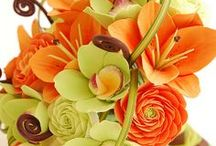 Bridal bouquets  bright and bold
