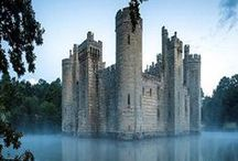 A Castle Girl at Heart xo / Castle architecture from all over the world. Keva xo