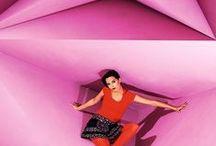 """Moshiki Röcke """"Almond Roll"""" / Each Moshiki Almond Roll wrapskirt is unique. Each material combination occurs only once. The wrap skirt is worn on both sides and on the inner side has a very different pattern. Spaß, gemeinsam Schönes gestalten, Fantasie und Ideen sprühen lassen und auf den Stoff bringen - dafür steht Moshiki. Nicht Mainstream sein und dabei mitten im Trend liegen. Eine einzigartige Kombination aus auffälligen Textilien. Tragbar über Hosen, Jeans, Leggins oder einfach so. Immer cool und sexy!"""