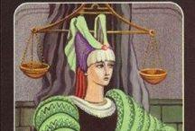 XI (VIII) Правосудие. Справедливость. The Justice. / La Giustizia, La Justice, Die Gerechtigkeit.  Юридические вопросы. Равновесие. Гармония. Восстановление баланса. Честность. Арбитраж. Нейтралитет. Беспристрастность. Достижение необходимого баланса. Восстановленный порядок. Благоразумное распоряжение деньгами. Стратегия. Ответственность. Целостность. Проверка совести.