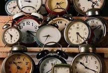 Réveils et Horloges Vintage / Pour éviter d'être en retard ou d'oublier de vous lever le matin, rien de tel qu'un bon réveil matin, une belle horloge ou une pendule vintage !