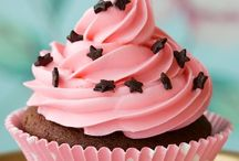 Cupcakes / by Estelle