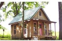 Cabin & Tiny Houses