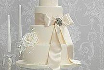 White and Ivory Wedding Cakes