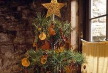 Country Chic Christmas Tree Designs