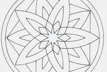 Farvelæg/Colouring / Farvelæg mandala, lego figurer mm. Colouring Mandala, lego ect. The practice of colouring a mandala, or doing a mandala meditation, is a way to promote good health, and aid relaxation. By focusing on a mandala, and colouring, you allow your brain to calm. The swirling thoughts and stress, is quietened with a need to do no more than fill a space with colour.