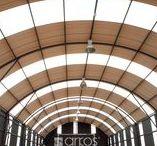 Cubiertas Ecoroof y Techos / Cubiertas en Policarbonato que permite la iluminación  natural.