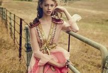 Gucci 2016 SS Editorials -2 / Pink Embroidered Chiffon Dress