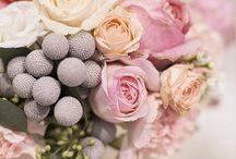 Mis flores preferidas / Las flores me hacen soñar ... / by Beatriz Salas Escarpa