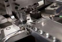 Empresa Ducasse Industrial / Somos Fabrica conmás de 45 años de trayectoria, diseñando y fabricando herrajes nos han posicionado como líderes en las Américas.