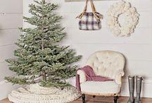 HOLIDAYS: CHRISTMAS / Everything Christmas, Christmas tours, Christmas decor, Christmas decorating ideas, Christmas ideas, Christmas crafts, Christmas food