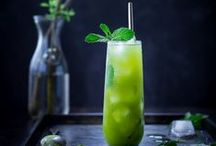 Drink Recipes & Tutorials / The best recipes for everything from cocktails to mocktails! Traditional cocktails, fun cocktails, tropical drinks, savory drinks, alcoholic drinks with herbs and more.