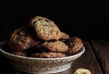 Cookie Recipes / The BEST cookie recipes. Chocolate chip cookies, sugar cookies, holiday cookies and more! Inspiration for your favorite holiday and great dishes to pass!