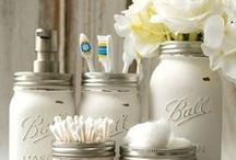 Mason Jar Crafts / Mason Jar Crafts, the possibilities are endless! Plus, mason jar diy, mason jar, mason jar tutorials, how to mason jar, mason jar projects, mason jar.