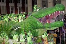 NOLA - Carnival & Mardi Gras / Parades, costumes & beads, oh my! / by Melissa Crisan