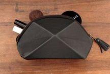 Accessoire : Vanity / Trousse à maquillage // Wallet // Purse // Cosmetic storage // Beauty bag // Make-up