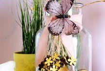 Vasen / Vasen in schönen Formen und Farben - Vasen sind dekorative Accessoires, die vielfältige Gestaltungsmöglichkeiten bieten. Verwende Dein Lieblingsmodell als Füllhorn für Deine schönsten Blumen! Lieb gewonnener Krimskrams wie Modeschmuck und Murmeln ist darin ebenso gut aufgehoben. Oder einfach als Windlicht für Deine schönsten Kerzen nutzen. Vasen von DEPOT bieten Dir viel Spielraum für deine Kreativität. Lass Dich inspirieren!