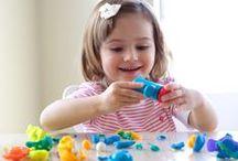 Dzieci / Artykuły związane z dziećmi - ich zdrowiem, rozwojem, pielęgnacją, odżywaniem, zabawą i edukacją. Mnóstwo przydatnej wiedzy i porad dla rodziców.