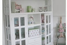 Home decor / by Natalie Mendes
