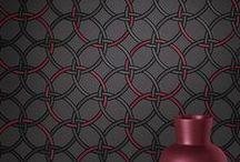 Bond Street 2015 / Diese außergewöhnliche rasch style Kollektion würde sich im Londoner Stadtteil Mayfair in die hochkarätige Markenwelt ihrer Namensvetterin, der New und Old Bond Street, wunderbar einfügen. Filz und Loden haben die optische Patenschaft der Designs übernommen und sorgen dafür, dass man jede einzelne Tapete anfassen möchte, um mit allen Sinnen zu begreifen, was das Auge sieht.