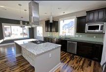 Kitchen Island Ideas / Dreamscape Homebuilders