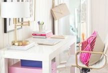 Home Office Design / Ideas & Inspiration For a Beautiful Home Office Design