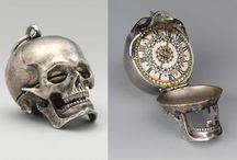 Amazing and Unusual Jewelry / by Morag Kawasaki