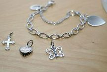 Charm Bracelets for Girls / Beautiful high-quality sterling silver rhodium charm bracelets for girls only at BeadifulBABY.com.