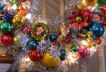 Holiday Ideas / Holidays are a fabulous time to decorate your home, dress up in a costume, make a wonderful centerpiece of create something that expresses your love of this time of year.