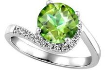 August Peridots / Peridot jewellery gift ideas for loved ones with birthdays in August!