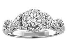 Forever in Love 18kt Collection / Our Forever in Love engagement ring collection in stunning 18kt white gold.