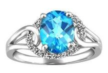 December Blue Topaz / Blue Topaz jewellery gift ideas for loved ones with birthdays in December!