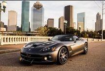 BrutalCar - es / Fondos de pantalla de alta calidad e imágenes de alta resolución con la imagen de los coches deportivos, coches clásicos del músculo y concept cars futuristas