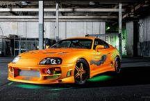 BrutalCar - ja / スポーツカー、クラシックマッスルカーと未来的なコンセプトカーのイメージが付いている高品質の壁紙、高解像度の画像