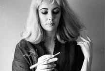 Elizabeth Taylor Shots / by Arvida JABS