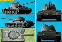 Militärmodelle (military model-kits) / eigene Panzer und andere Militärmodelle