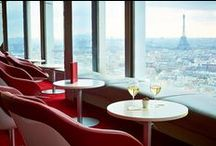 Paris Etoile   Bar La Vue / Located at 459 feet above the ground Bar La Vue  is an open air theater with a marvelous view over Paris.