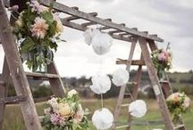 Vintage Ladders / Vintage Ladders, no matter if it is wood or metal, they can be very useful in your home. And if you prepare your wedding day, think about it, it is so romantic to use one as a display and decorate it! I hope you will love those pins as much as I do! And don't forget to visit www.laboutiquevintage.co.uk