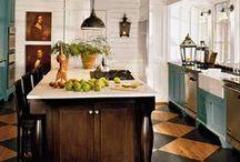 DIY & Home Decor / by Nicole Rhyne