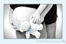 Maturnity inspiration Studio or at home / Studio setting and poses Maternity session / by Margriet Hulsker
