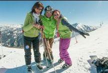 Stations d'hiver / Les Alpes de Haute-Provence proposent un domaine skiable qui s'étend sur 720 Km et qui représente 9 stations de ski alpin. Les pistes sont accessibles pour tout niveaux avec une neige de qualité sous un ciel provençal. Ainsi les Alpes de Haute-Provence offre des activités de neiges et de glaces variées comme les randonnées nordiques et alpines, la moto neige, du parapente, ...